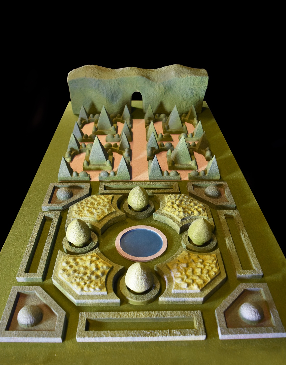 Model of a formal garden by Jamie Edindjiklian.