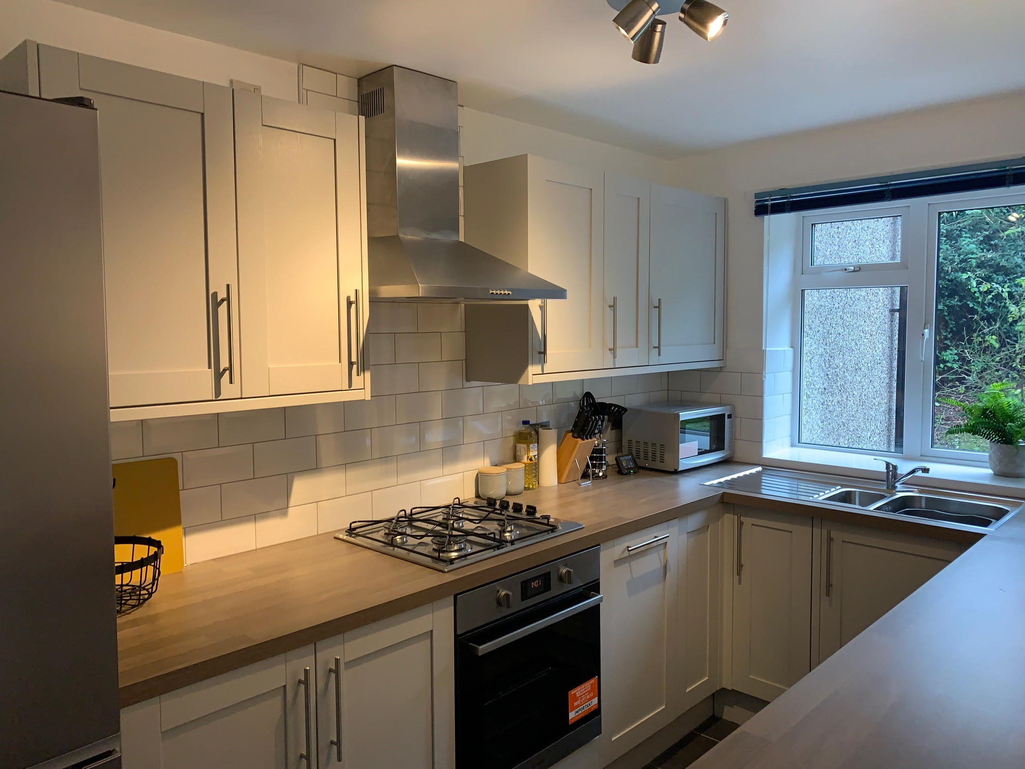 Apartment Central High Wycombe with parking photo 20452576