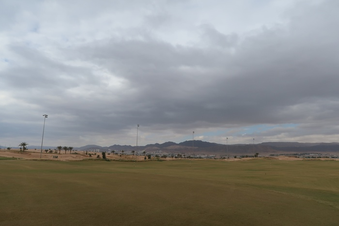 02_Golf course.jpg
