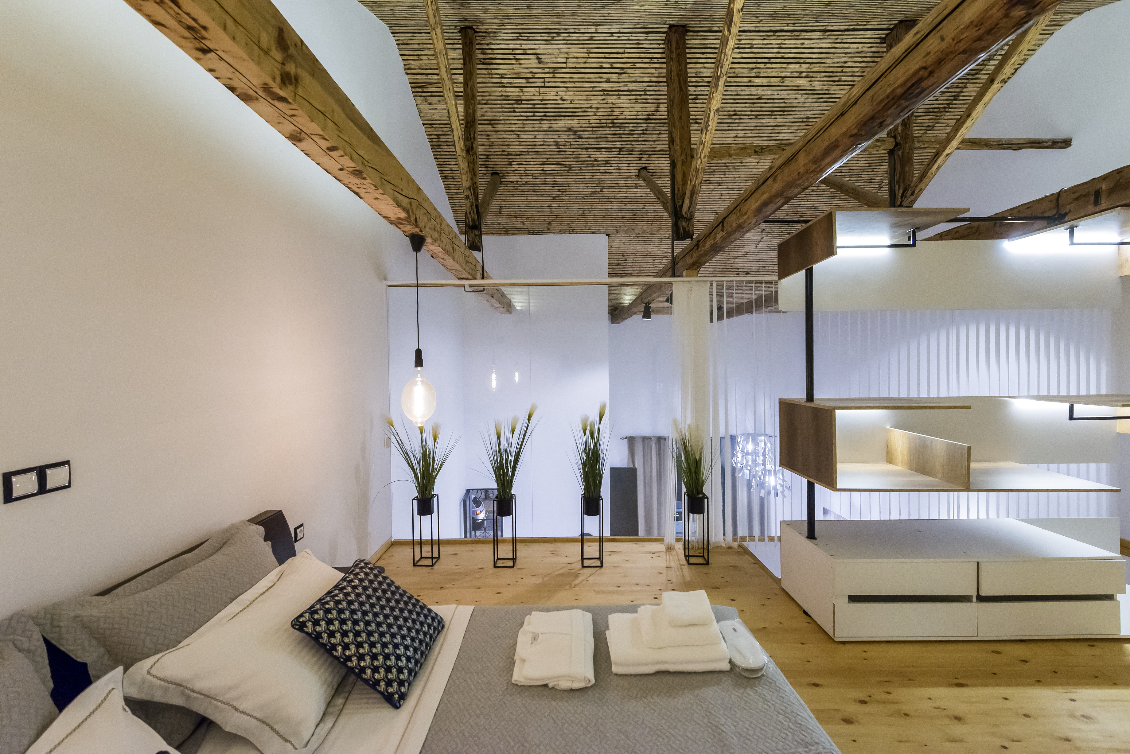 Aigli Seafront Loft-Bespoke Design Gem