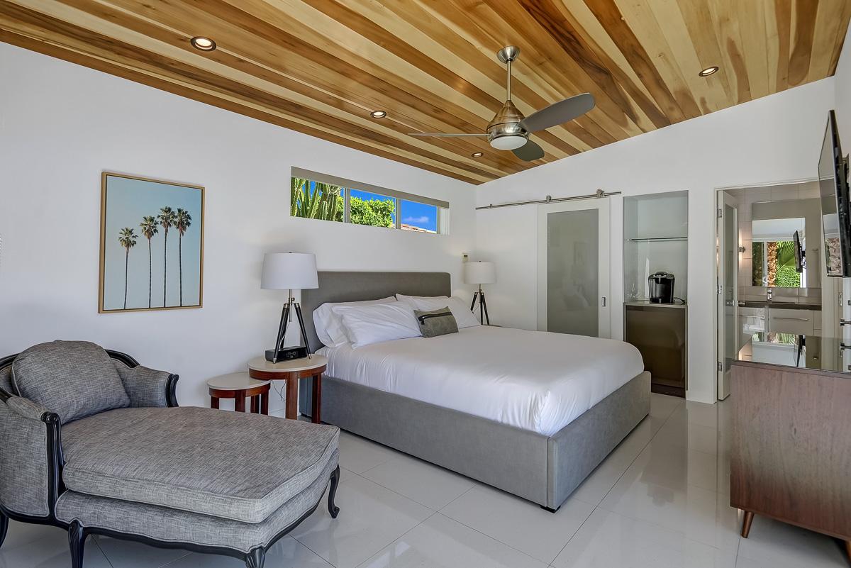 Palm Springs 4 Bedroom 4 Bath photo 5800867