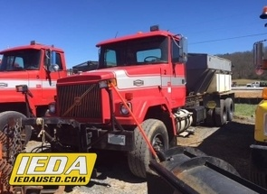 Used 1998 Autocar ACL64F For Sale