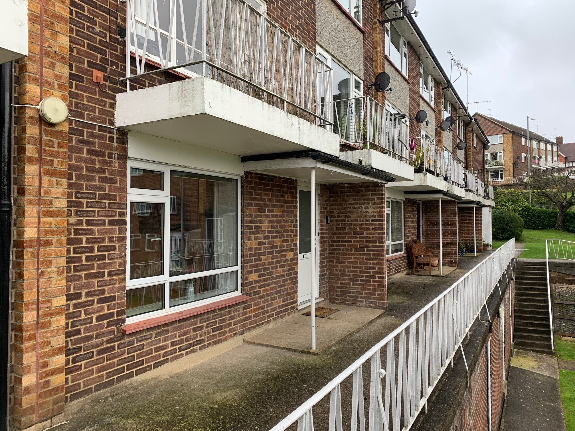 Apartment Central High Wycombe with parking photo 20314561