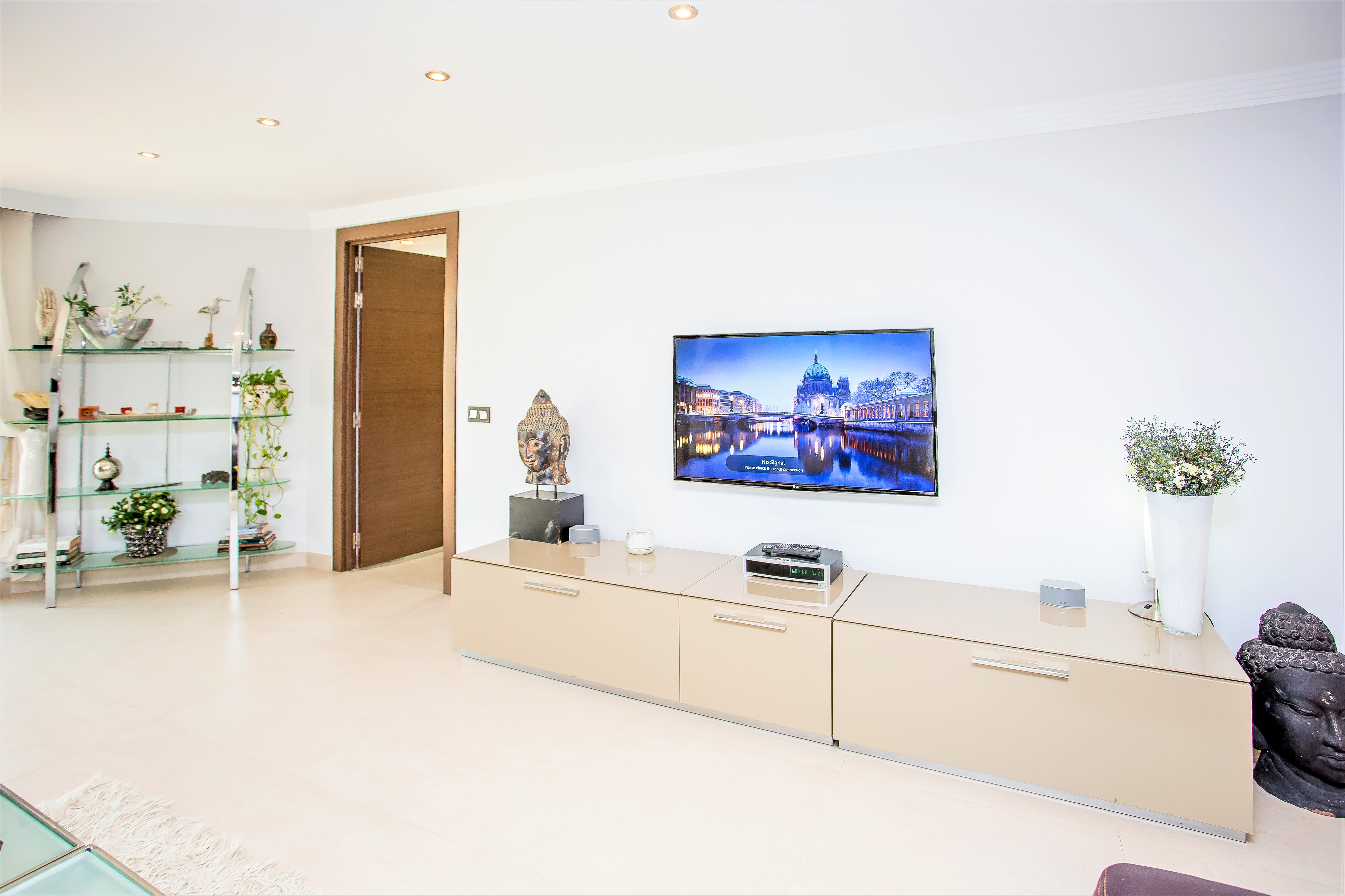 Apartment 8 Bedroom VILLA BY PUERTO BANUS   SEA 5 min                                photo 16876993