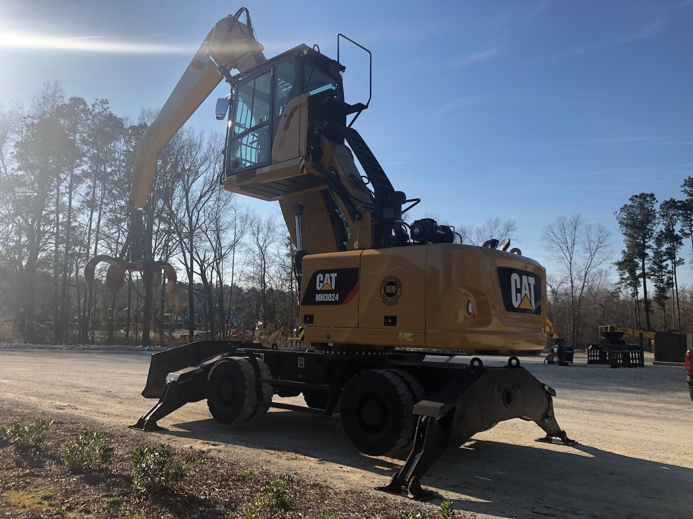 Used 2016 Caterpillar MH3024 For Sale