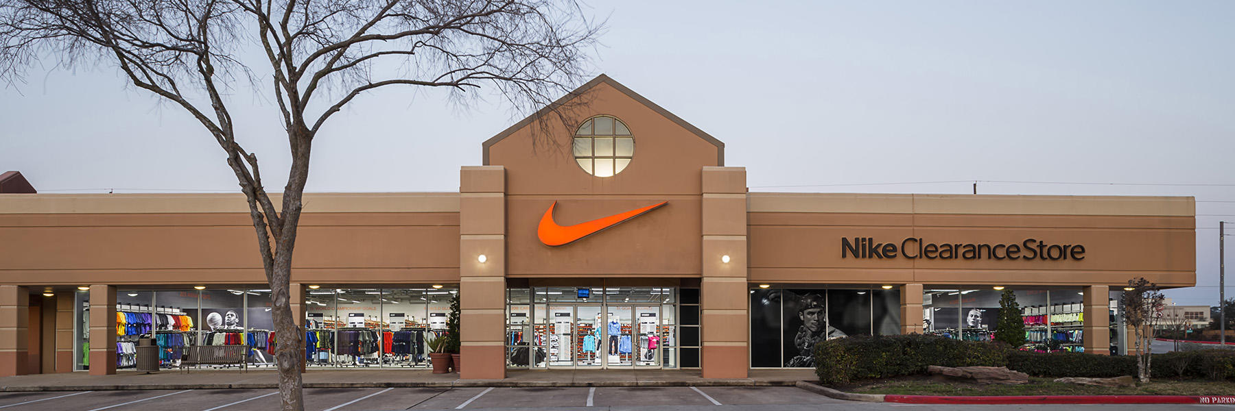 Nike Magasin De Sortie Houston Tx Vente en ligne sortie 2014 nouveau vente sTrAH