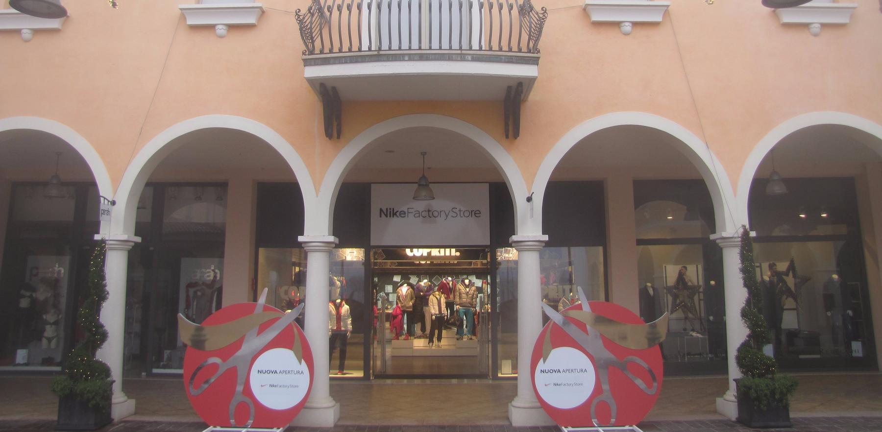 Nike Factory Store Mantova - Mantova