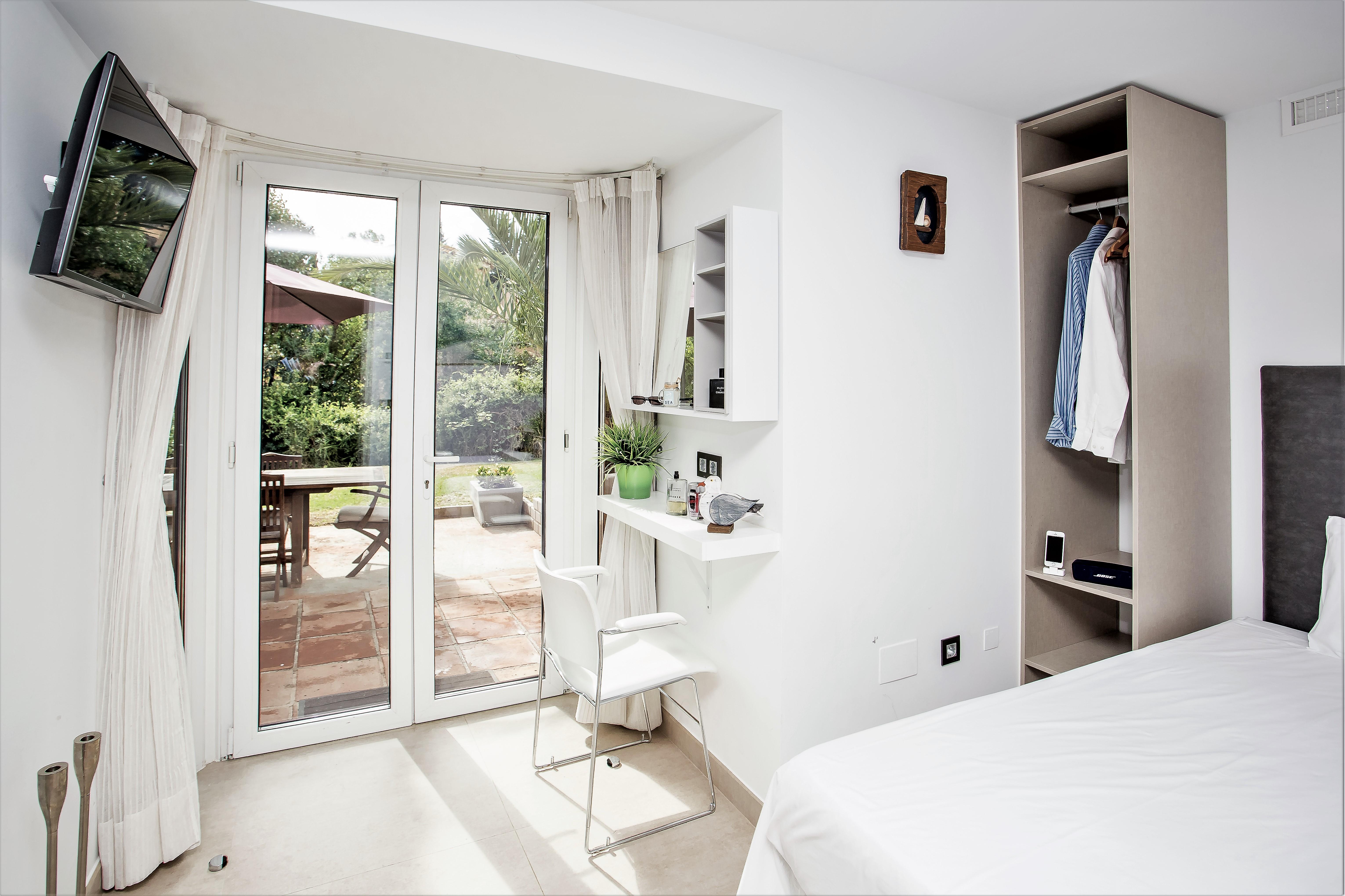 Apartment 4 B R  VILLA by Puerto Banus   Sea 5 m                                photo 20341550