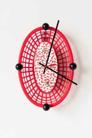 HOT DOGG CLOCK, 2017 (Red)