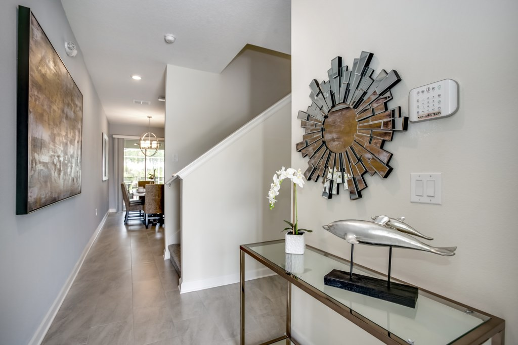 Apartment MODERN TOWNHOUSE IN CHAMPIONSGATE ORLANDO  10 MINUTES FROM DISNEY photo 24719299