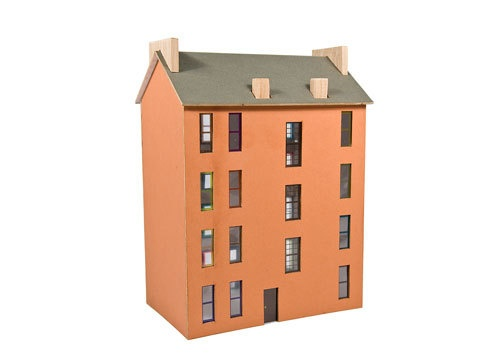 Model Kit Scottish Tenement Housing  thumbnail 2
