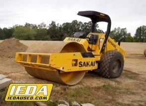 Used 2014 Sakai SV540D For Sale