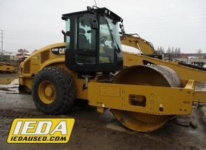 Used 2014 Caterpillar CS56B For Sale