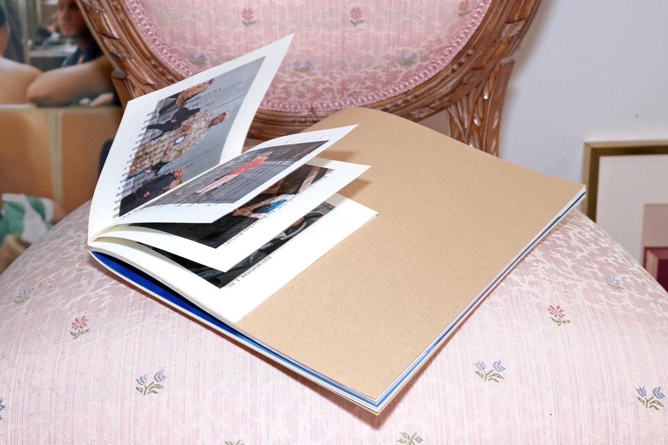 Book Book thumbnail 3