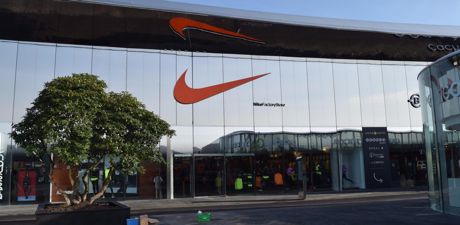 Moulins Nike Factory Store Metz Les roeWxBdC