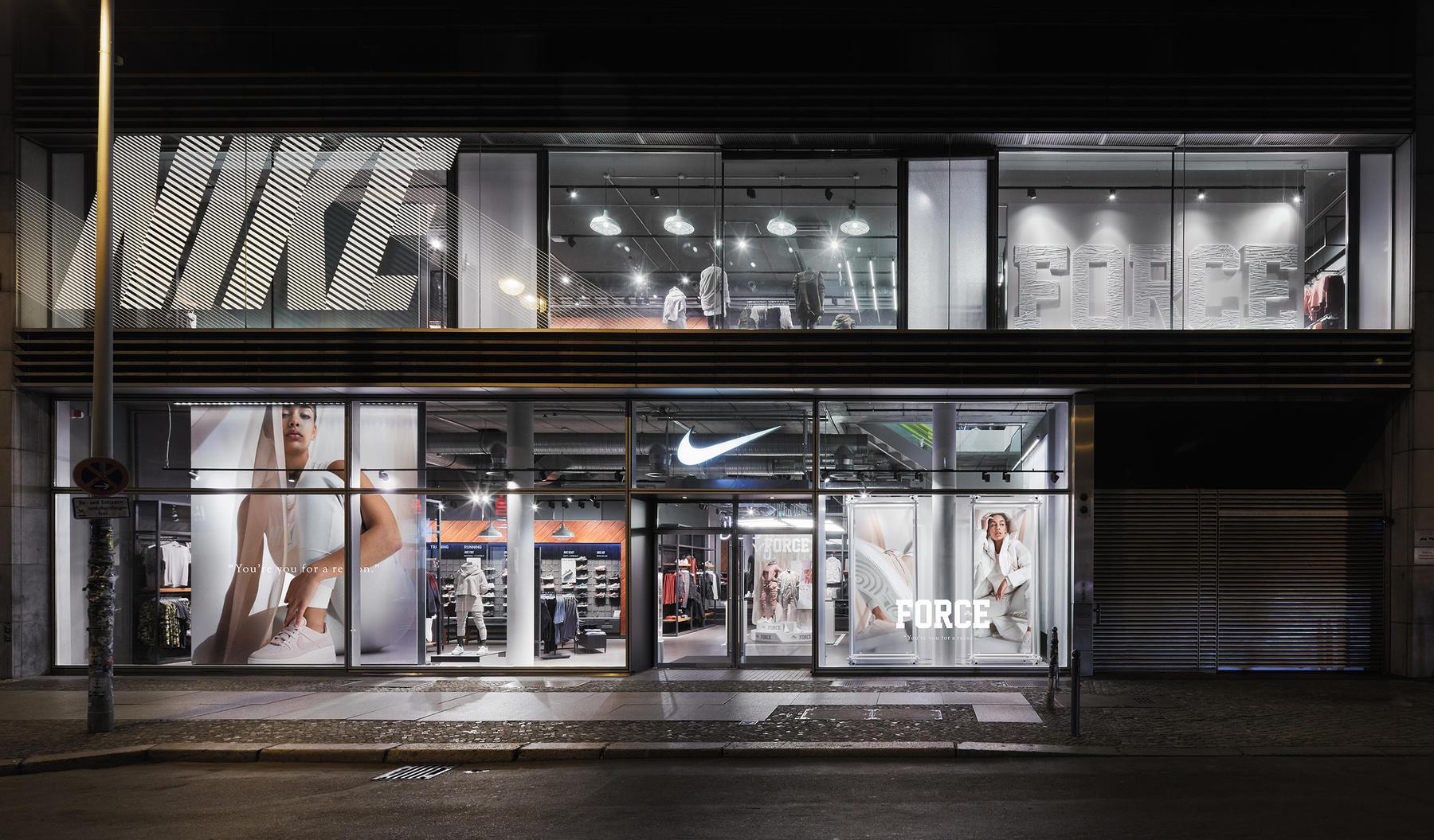 newest 21b6a 7a04e Nike Store Berlin Mitte. Berlin, Berlin. Nike.com