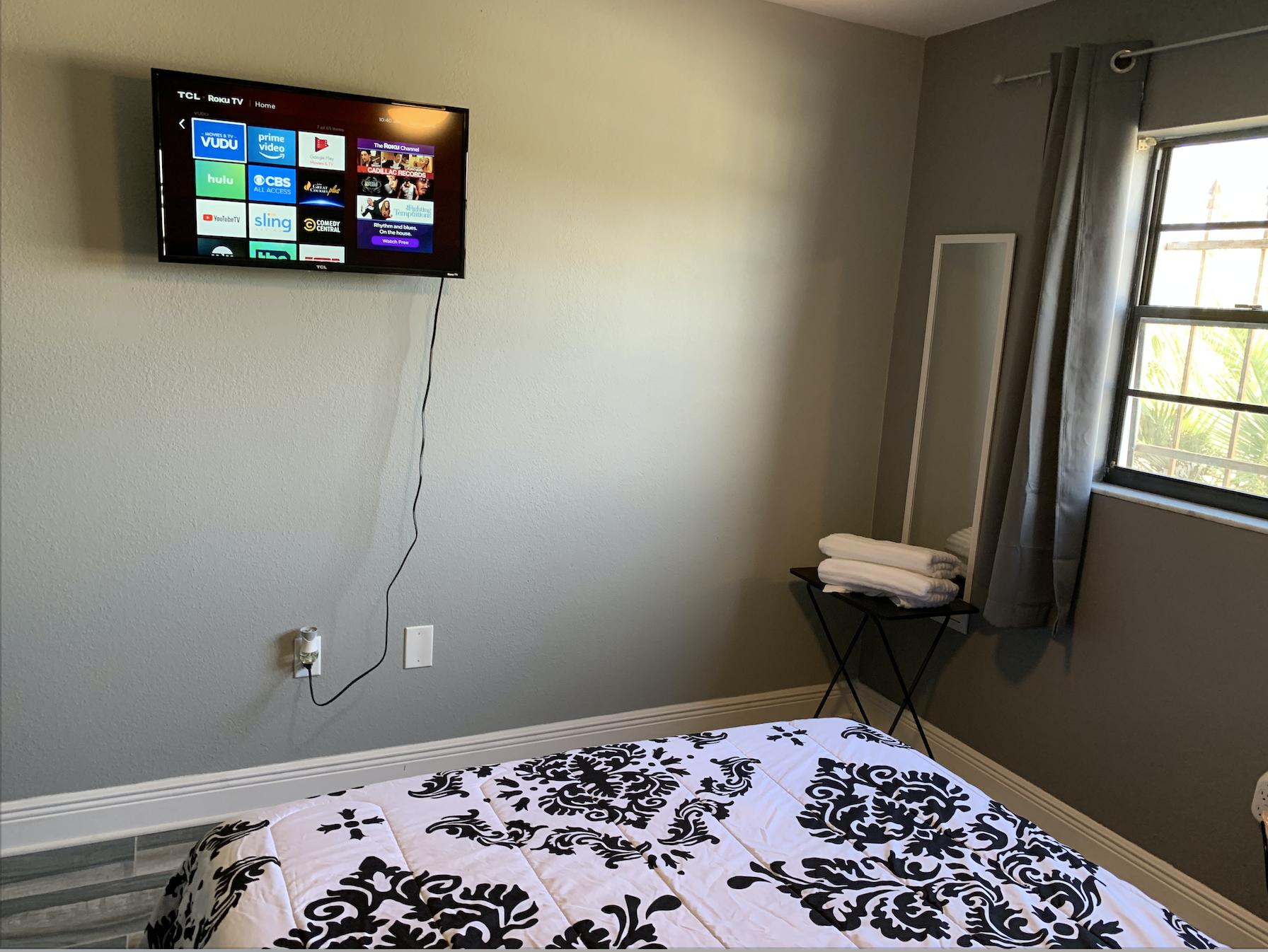 Apartment 3 Bedroom House photo 16823518