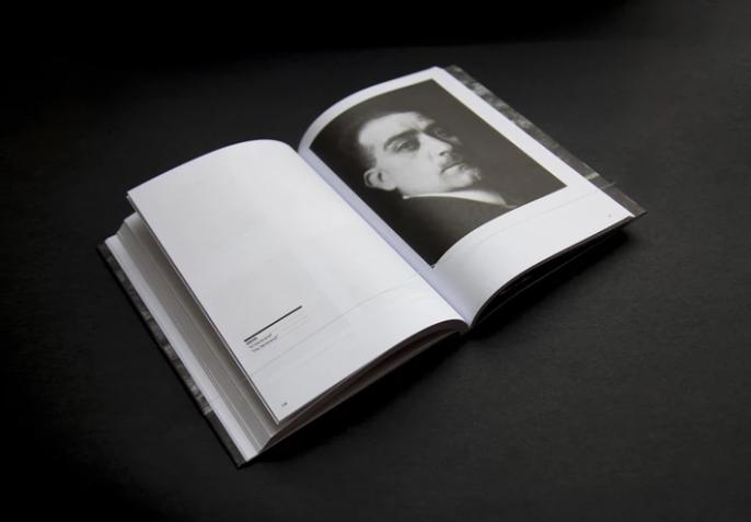 WANTED. Unpublished portraits of Manuel Álvarez Bravo thumbnail 7