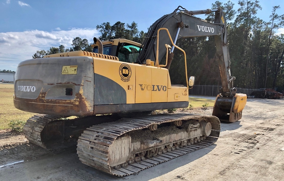 Used 2007 Volvo EC210CL w Crusher Bucket For Sale