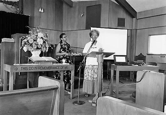 FIG. 5: A descendant of freedom colony residents shares memories of life in Gonzales County at CLG public training, August 1, 2018. Image by Texas Historical Commission Staff, Public Information and Education Division.