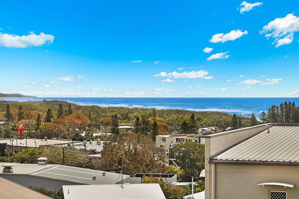 3BR Coolum Beach  photo 22893347
