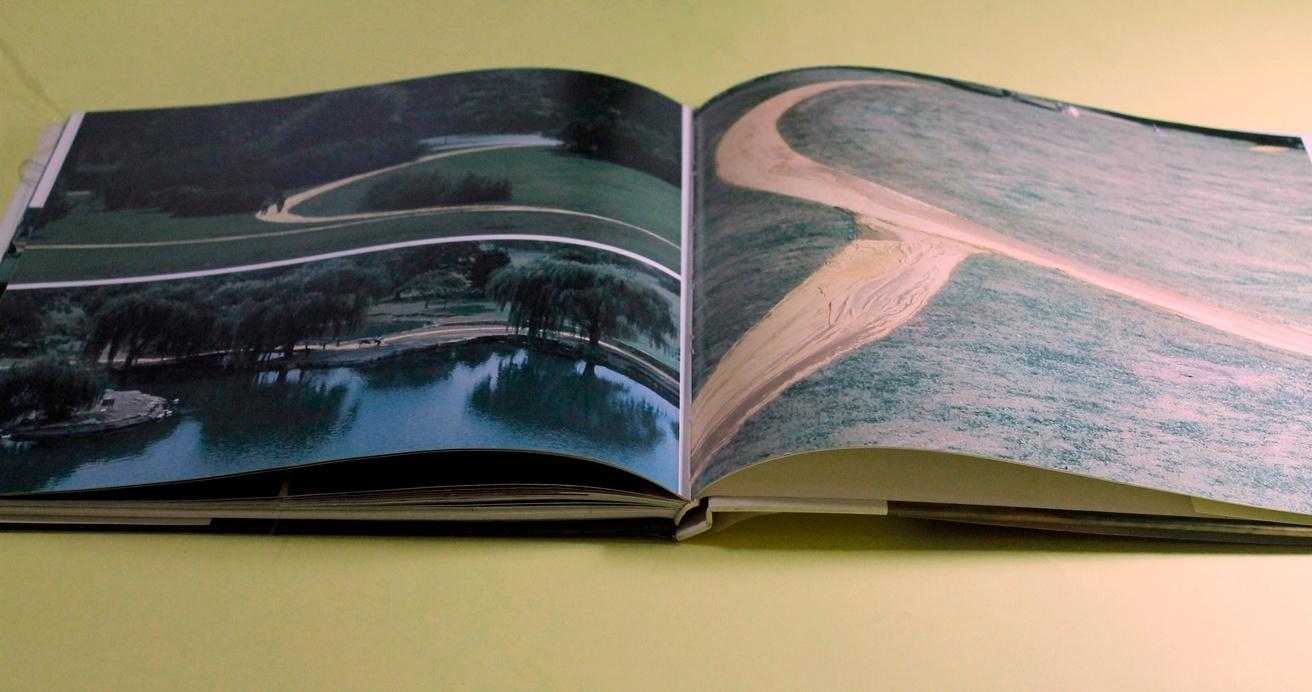 Christo : Wrapped Walkways thumbnail 2