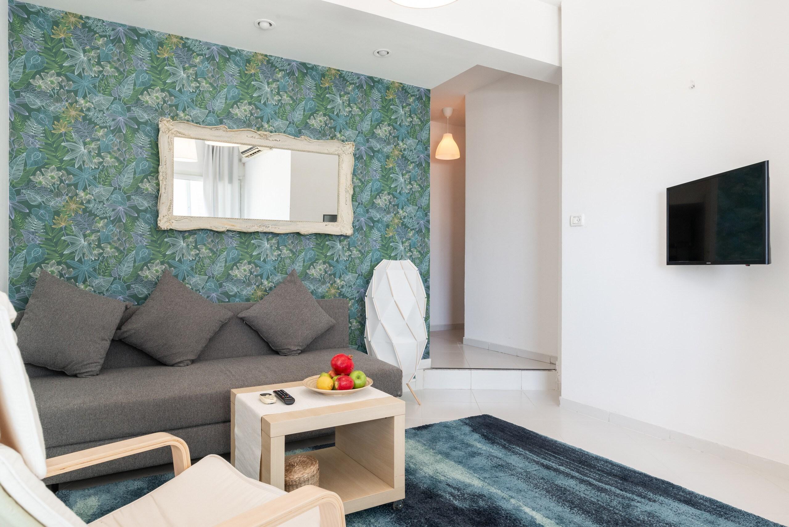 Sea View 2 bedroom apartment next to Hilton beach photo 21105481