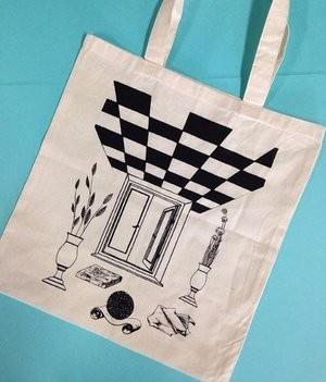 Losing the Pattern Tote Bag