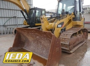 Used 2013 Caterpillar 963D For Sale