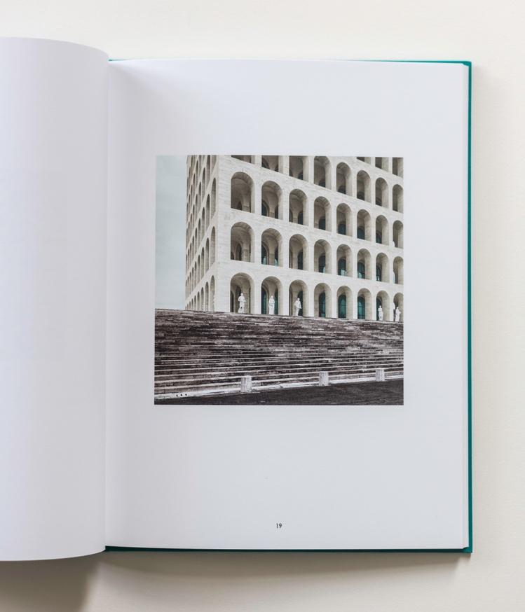 Eur - Palazzo Della Civilta Italiana thumbnail 6