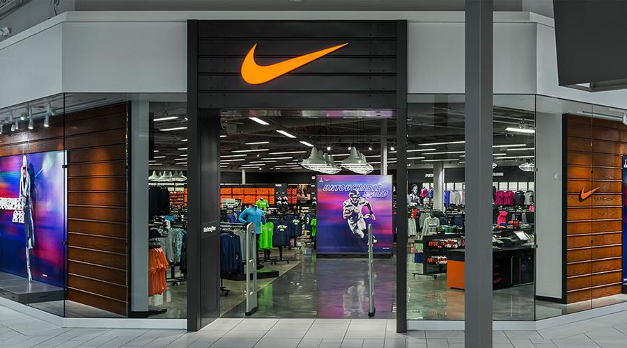 puesta de sol Disponible Ruina  Buscar una Nike Store