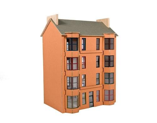 Model Kit Scottish Tenement Housing  thumbnail 3