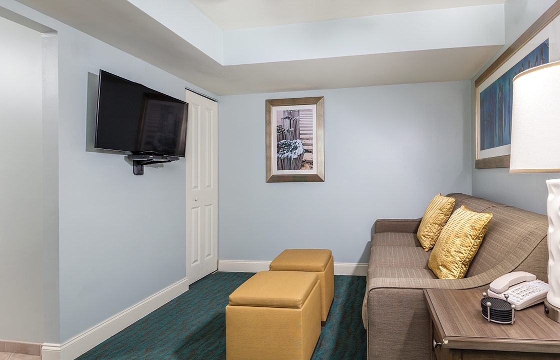 Apartment Towers on the Grove 2 Bedroom 2 Bathroom photo 16948591
